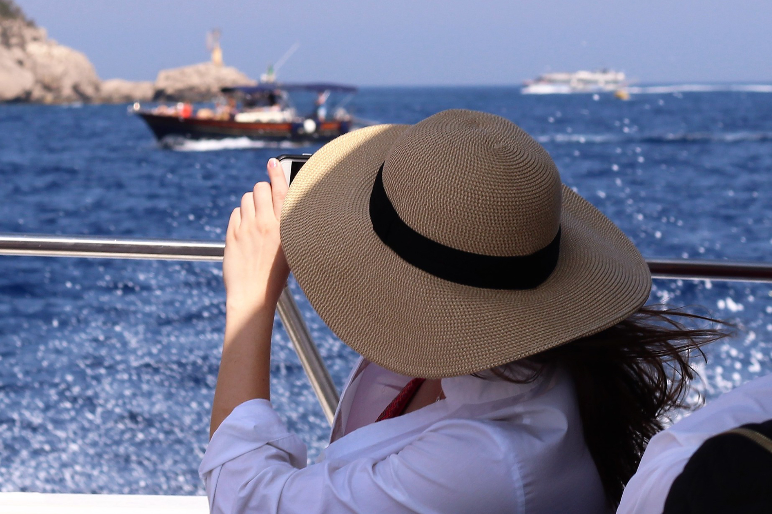 sun hat on sailboat