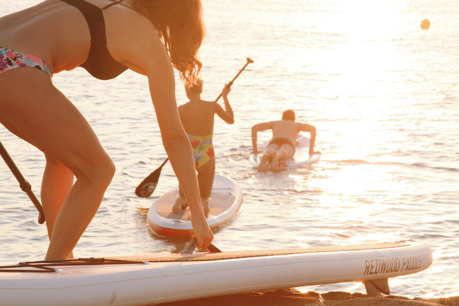 what to wear paddle boarding in the summer