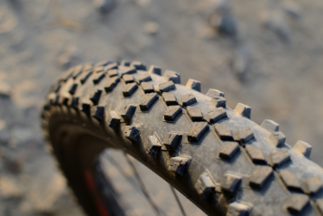 when to replace bike tires