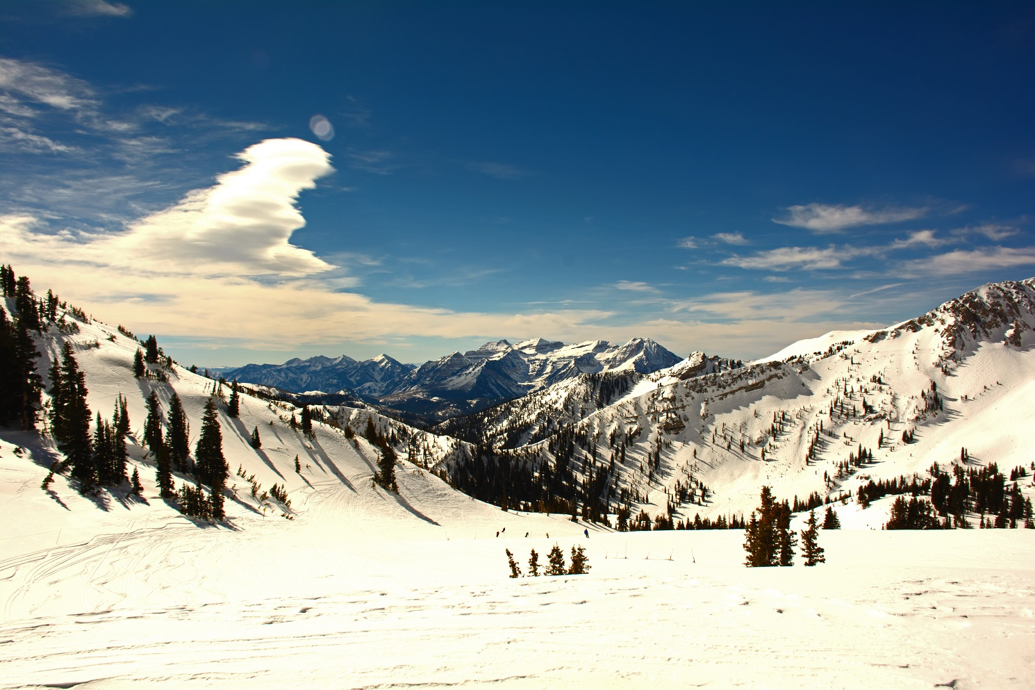 snow capped mountain scenery