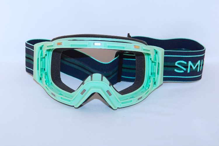 Goggle frame front