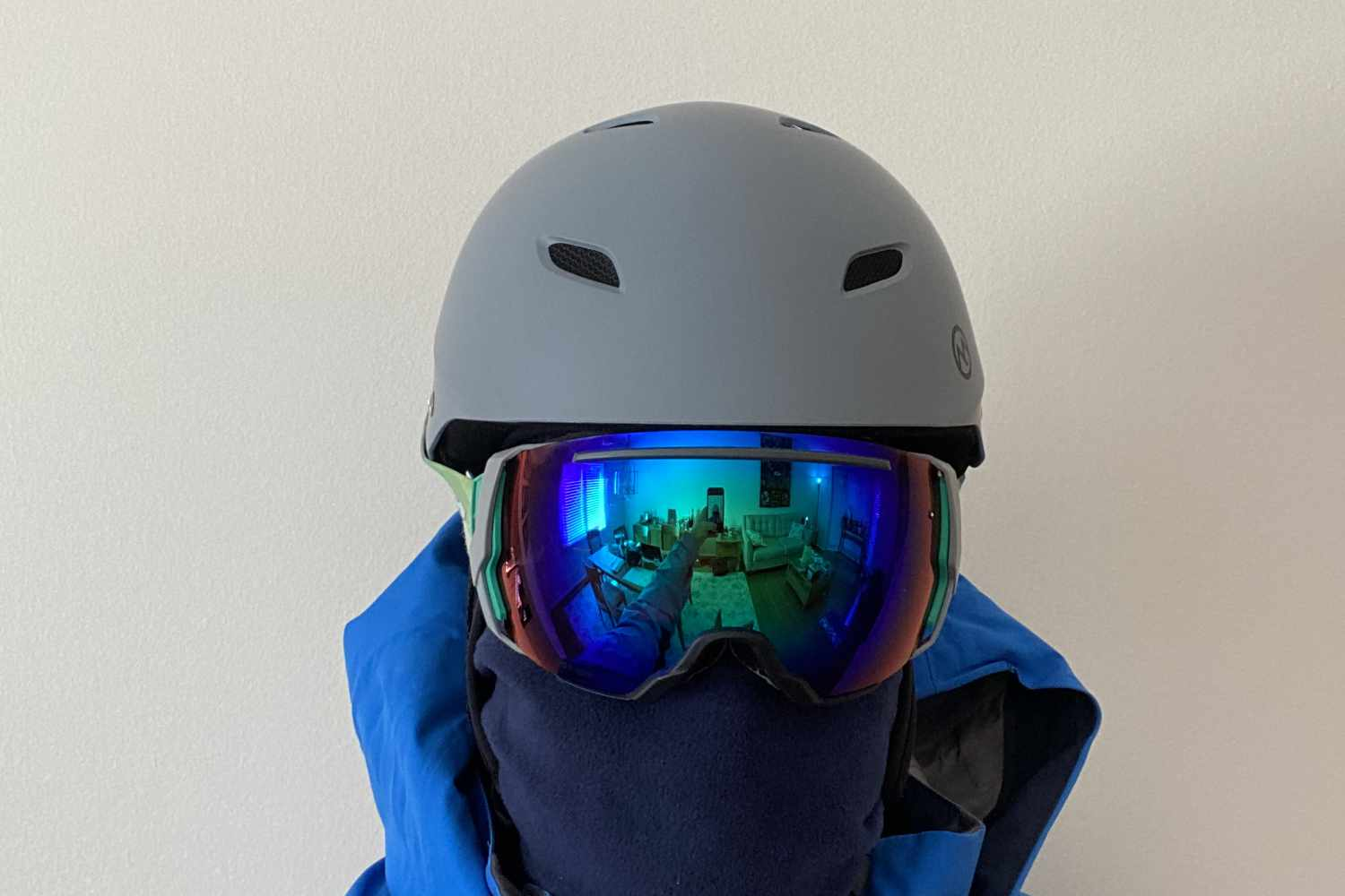 helmet front view smith goggles